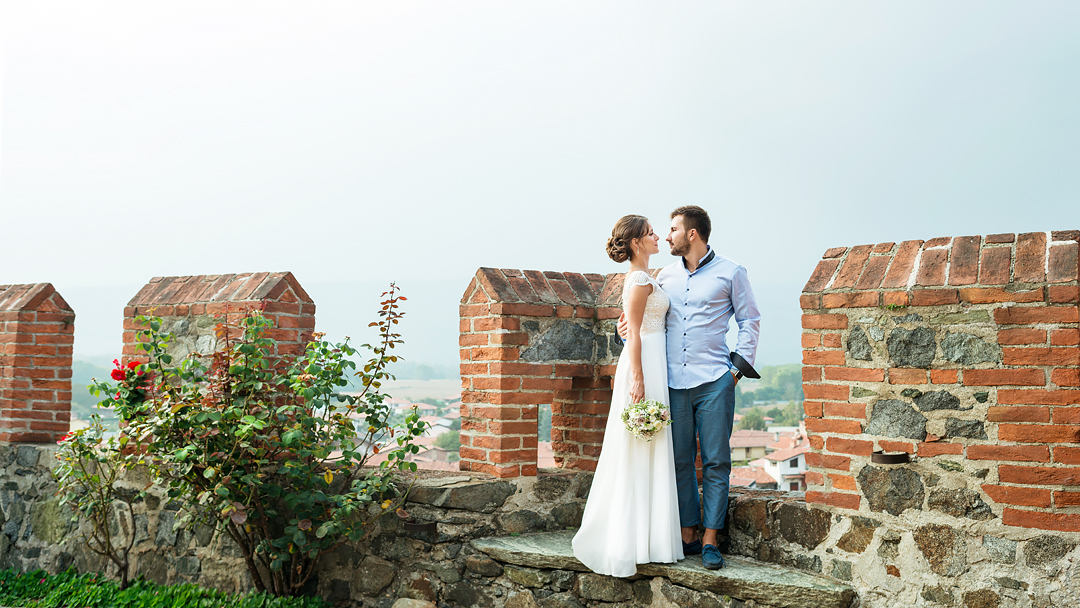 Wedding in a medieval castle, wedding photographer in Italy, Turin