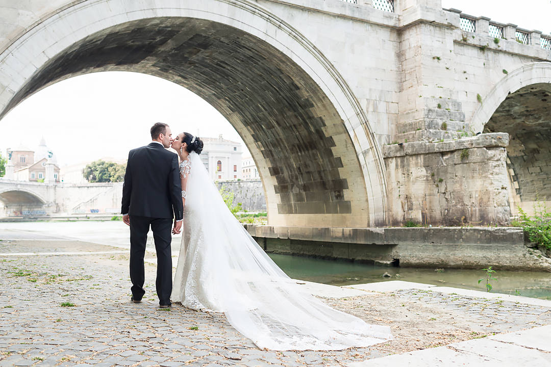 Wedding photo session in Rome, wedding photographer in Rome Italy