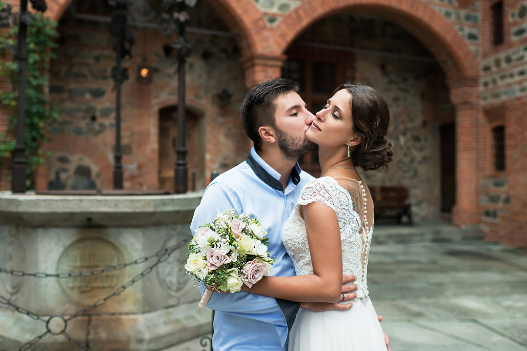 wedding-in-a-medieval-castle-wedding-photographer-in-italy-turin