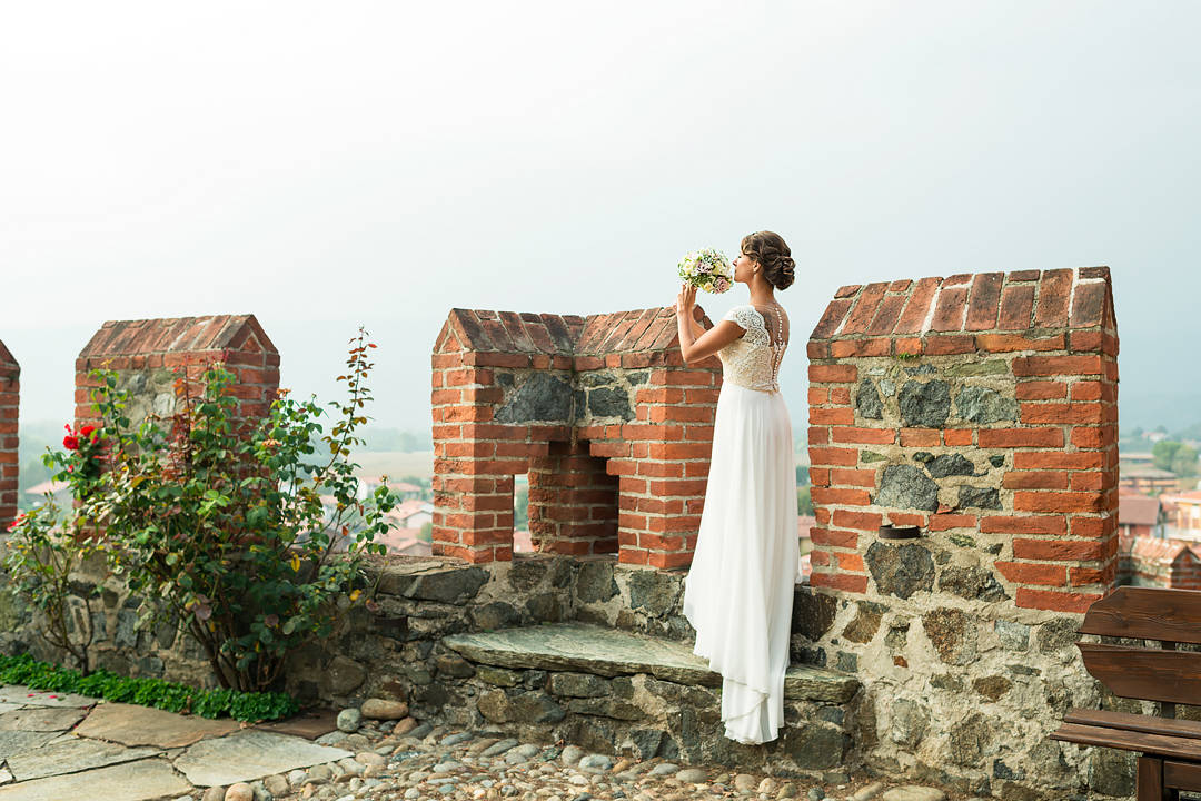 bride in castle italy piedmont