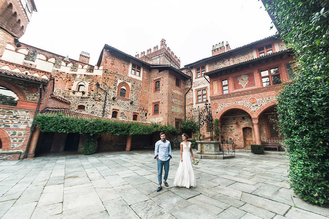 Matrimonio In Un Castello : Matrimonio nel castello medievale fotografo a