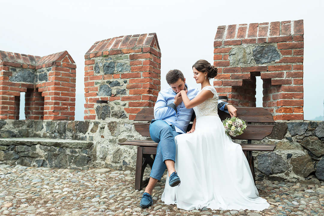 romantic photo shooting italy piedmont