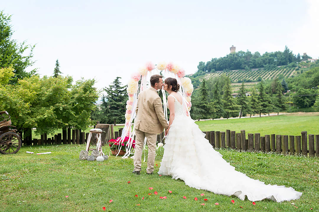 symbolic wedding in italy langhe
