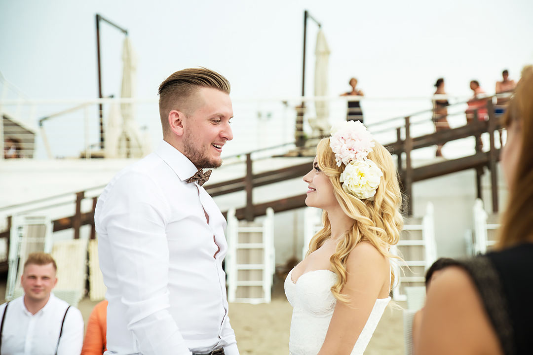 wedding ceremony on beach salerno