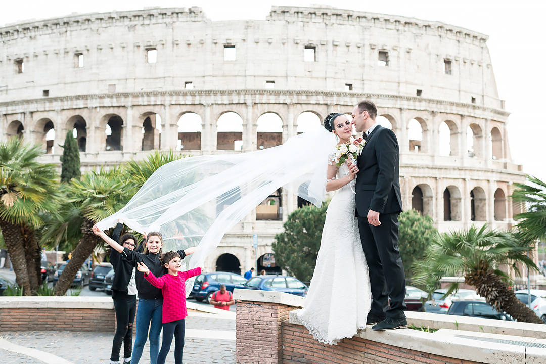 wedding colosseum rome