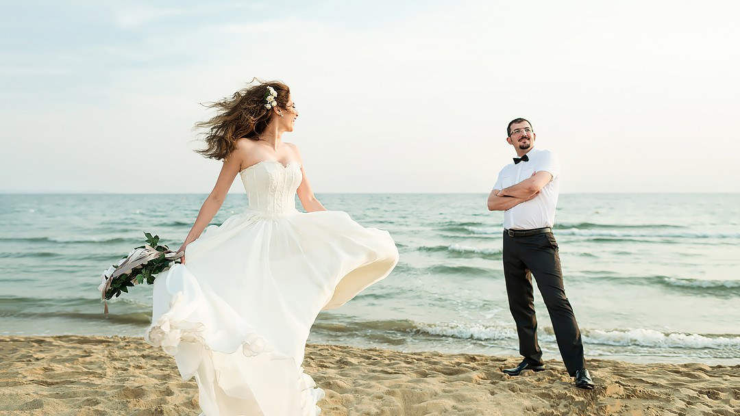 wedding in tuscany on the beach