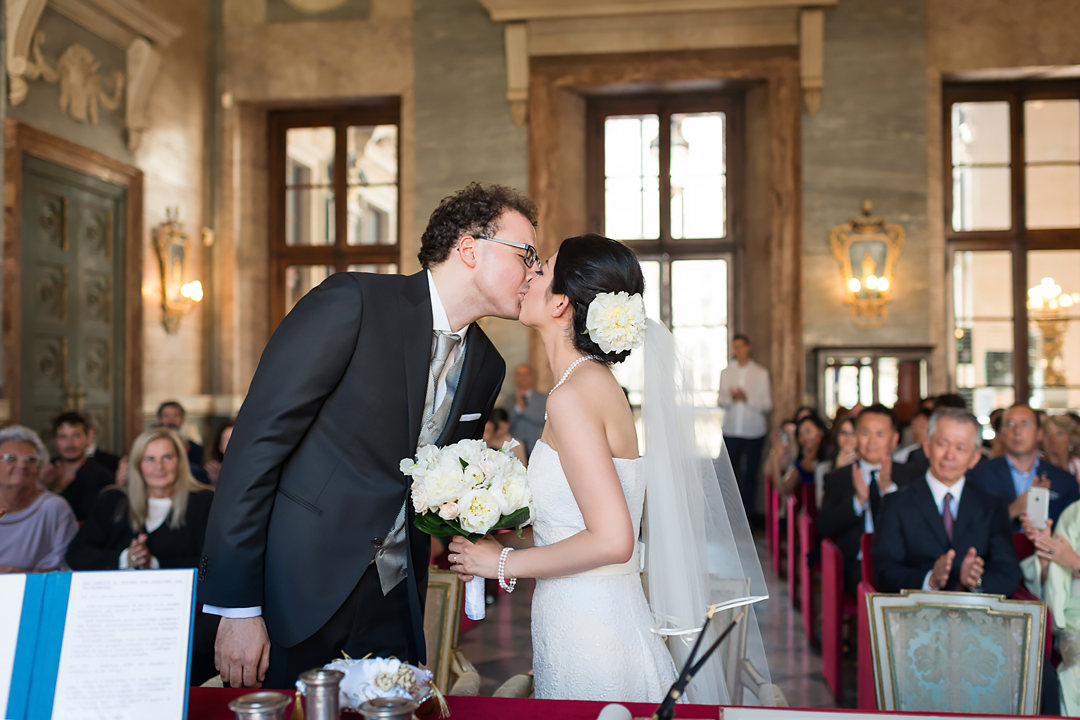 wedding kiss turin chiyuki