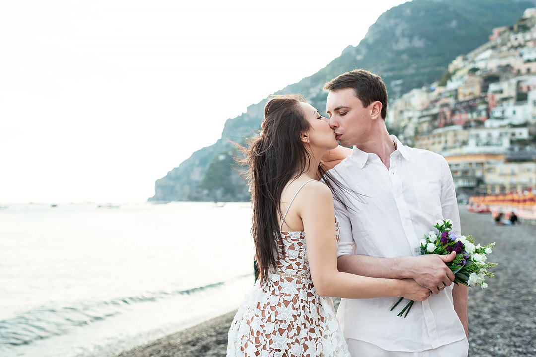 wedding on the beach in positano